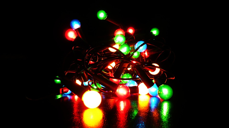 Six Great Excuses to Hang on to Holiday Lights