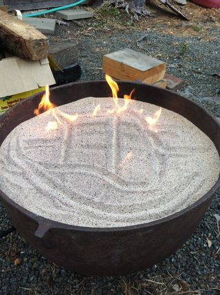 fire pit using pavers and sands