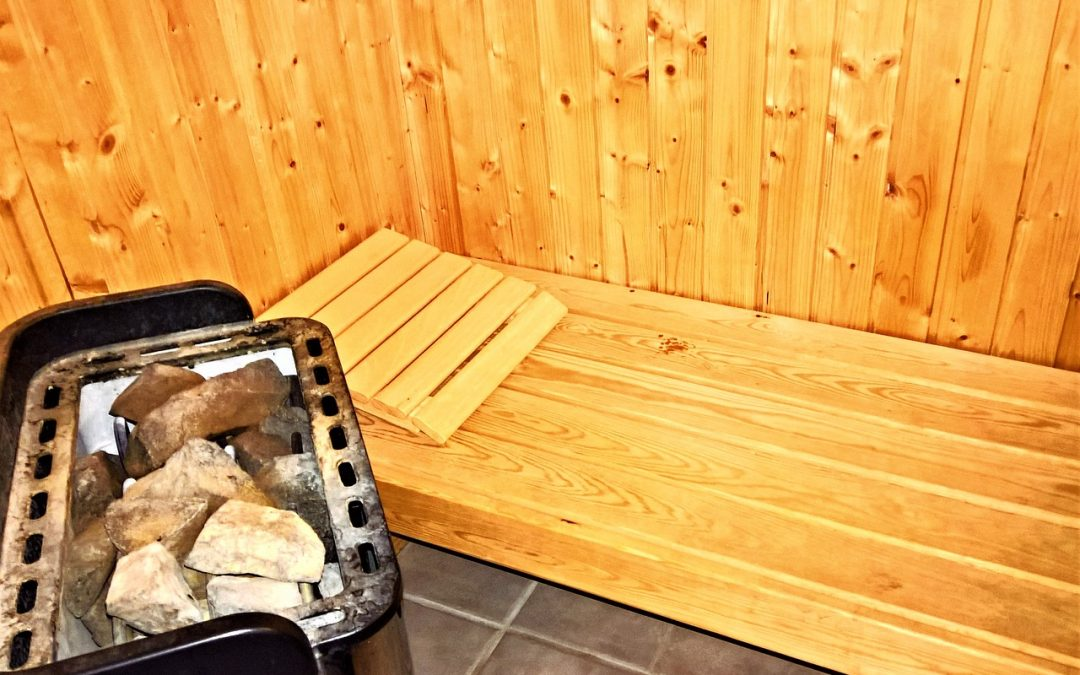 How To Build An Amazing DIY Sauna (Your Guests Will Never Want To Leave!)