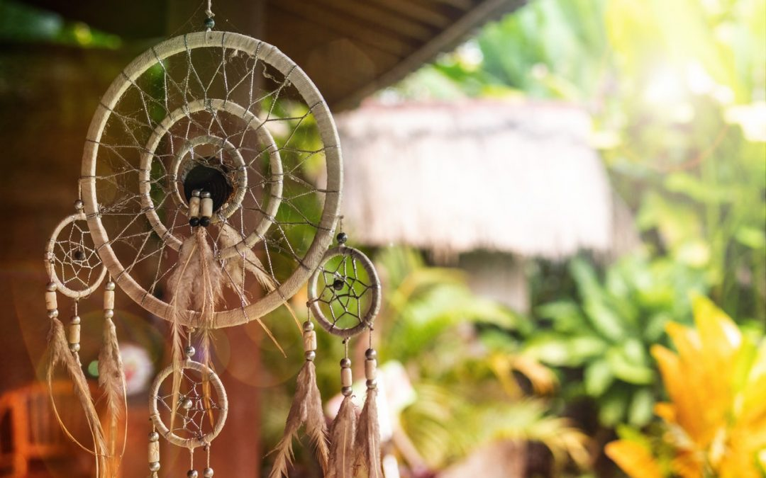 Want To Make A Magical DIY Dreamcatcher? Here's How